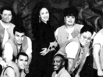 Selena y los Dinos|Mezcalent