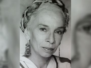 Josefina Echánove