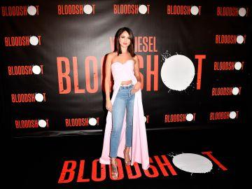 "Eiza González atiende a la prensa en la alfombra roja de ""Bloodshot"" | Getty Images"