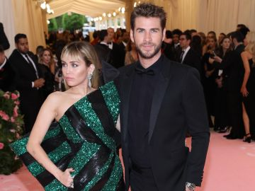 Miley Cyrus, Liam Hemsworth | Mezcalent