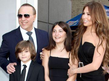 Thalía y su familia | Mezcalent