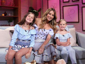 Geraldine Bazán y sus hijas | Mezcalent
