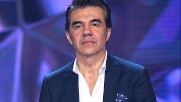 Adrián Uribe   Mezcalnet