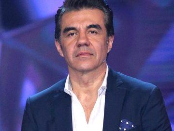 Adrián Uribe | Mezcalnet