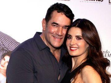 Eduardo Santamarina y Mayrín Villanueva están orgullosos de su hija | Mezcalent