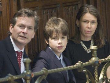 Sarah Chatto, con su esposo Daniel Chatto y su hijo Arthur Chatto    | Getty Images, Arthur Edwards