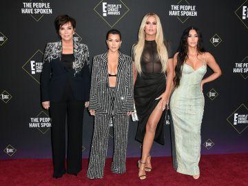 Las Kardashian en los E! People's Choice Awards del 2019 | Getty Images