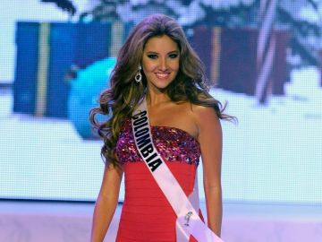 Daniella Álvarez concursando en Miss Universo   Getty Images
