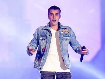 Justin Bieber en concierto | Mezcalent