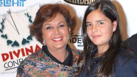 Talina Fernández y María Levy en los premios Telehit   Mezcalent