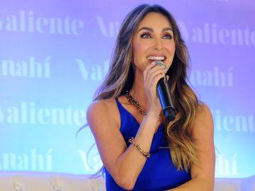 La cantante Anahí sintió que su salud mental estaba desgastada hace unos años   Mezcalent
