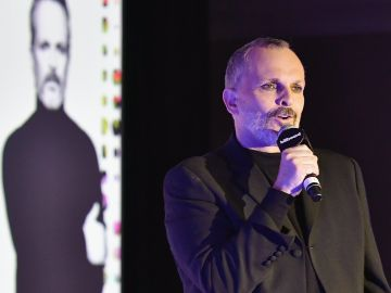 Miguel Bose   Getty Images, Gustavo Caballero