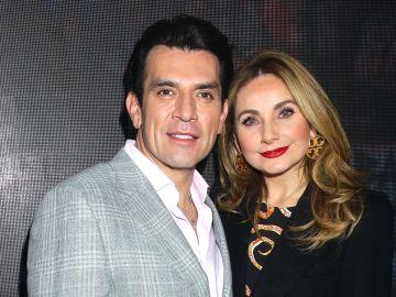 Jorge Salinas y Elizabeth Álvarez | Mezcalent