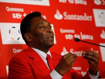 Pelé como embajador del Banco Santander   Mezcalent