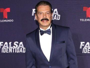 Sergio Goyri en el lanzamiento de Falsa Indentidad serie de Telemundo   Mezcalent