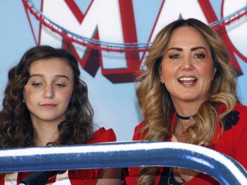 Andrea Legarreta y su hija Nina   Mezcalent