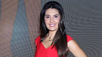 Mayrin Villanueva en la alfombra roja de José Cuervo   Mezcalent