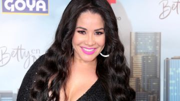 Carolina Sandoval se encuentra muy orgullosa de Bárbara Camila. | Mezcalent