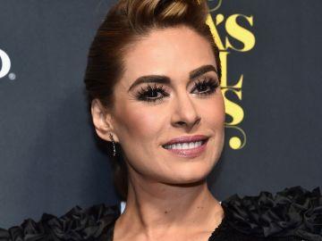 Galilea Montijo felicita a la expareja de su esposo