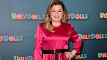"Kelly Clarkson en el STX Entertainment's ""UglyDolls"" en el The Four Seasons Hotel de  Beverly Hills, California.  