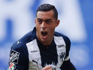 Rogelio Funes Mori en duelo ante el Atlas en el Torneo Guard1anes 2021 Liga MX | Refugio Ruiz/Getty Images