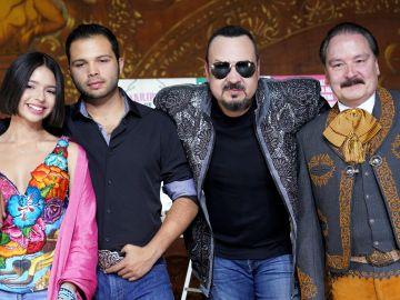 Angela Aguilar, Leonardo Aguilar, Pepe Aguilar y Antonio Aguilar Jr. en Jaripeo Sin Fronteras 2019 | JC Olivera/Getty Images