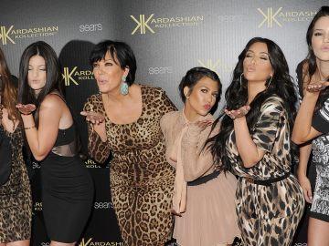 Todas las mujeres del clan Kardashian-Jenner en 2011 | Jason Merritt/Getty Images