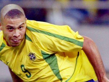 Ronaldo durante el Mundial de Corea-Japón DAMIEN MEYEAFP via Getty Images