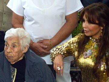 Thalia y su abuelita   Mezcalent
