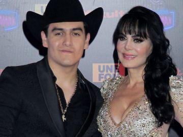 Julián Figueroa y Maribel Guardia