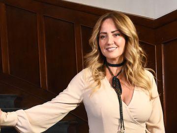 Andrea Legarreta también se desempeña como actriz | Mezcalent