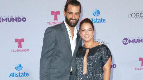 Toni Costa y Adamari López le dieron la bienvenida a su perrita | Mezcalent