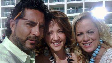 Raúl Araiza, Andrea Legarreta y Roxana Castellanos | Mezcalent