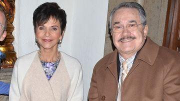 Pati Chapoy junto a su compañero Pedro Sola | Mezcalent