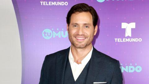 Edgar Ramírez en Premios Tu Mundo   Mezcalent