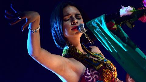Ángela Aguilar en los Premios Latin Grammy | ROBYN BECK/AFP via Getty Images