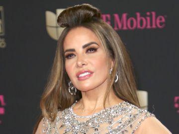 Gloria Trevi en Premios Lo Nuestro 2020   Mezcalent