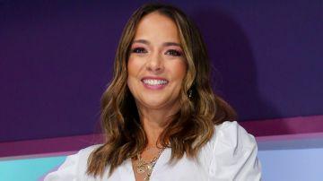 Adamari López en las conferencias previas a los Premios Latin Billboard   Mezcalent