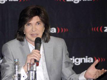 Camilo Sesto murió en el 2019 | Mezcalent