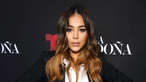 "Danna Paola en la premiere de ""La Doña"" | Mezcalent"