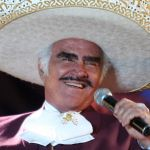 Vicente Fernández se encuentra estable, según su equipo médico | Mezcalent