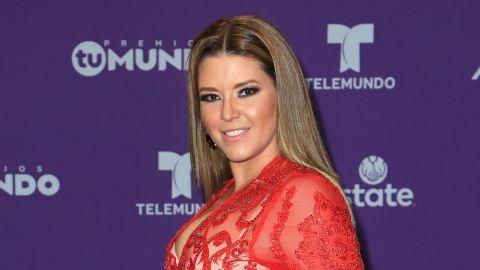 Alicia Machado en Premios Tu Mundo 2017 | Mezcalent