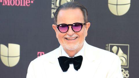 Raúl De Molina en Premios Lo Nuestro   Mezcalent