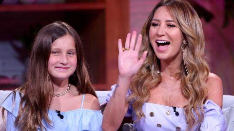 Geraldine Bazán junto a su hija Elisa | Mezcalent